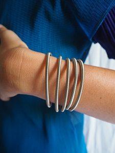 world-bracelet-lr
